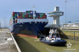 Panama Canal Welcomes Second More Than 14,000 TEUs Container Vessel Through Expanded Locks (Video)