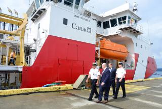 Seaspan Shipyards officially delivers first Offshore Fisheries Science Vessel to Canadian Coast Guard