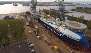 Seismic vessels 'Oceanic Sirius' and 'Oceanic Vega' complete tandem drydocking at Damen Shiprepair Amsterdam
