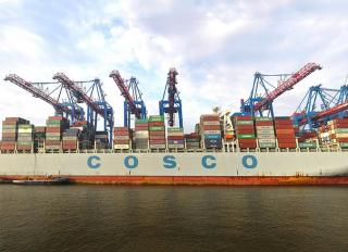 New Mega-Ship Gantry Cranes Off To A Strong Start at the HHLA Container Terminal Tollerort (CTT)