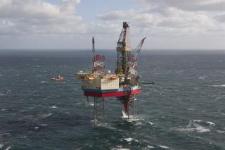 Maersk Drilling lands one-well extension for Maersk Resolute