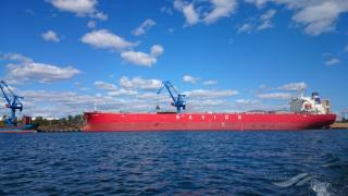 Navios Maritime Partners L.P. Announces Distribution Policy and Agreement to Acquire 2005-built Panamax