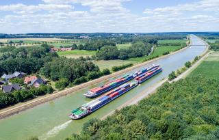HVCC Optimises handling of Inland Waterway Ships in the Port of Hamburg