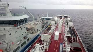 First LNG bunkering ship-to-ship by Coralius to Fure West