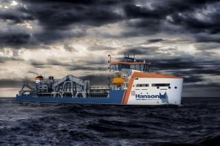 Damen and Hanson sign contract on new aggregate dredger