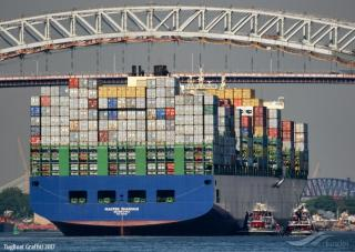 Container ship MAERSK SHANGHAI lost 70 or more containers in rough seas off North Carolina, USA