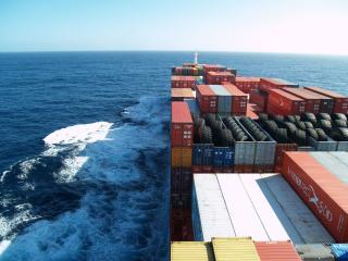 Asia-N.Europe container freight rates jump 170 pct