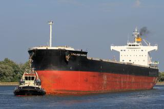 USCG Detains Cargo ship Lowlands Kamsar Due to Safety Violations