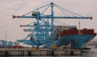 Port of Rotterdam quarterly figures: containers segment continues to grow; decrease in bulk throughput