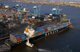 Port of NY-NJ Sets New Cargo Volume Record for 2015
