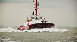 New towage service for the port of Portsmouth - SMS Towage starts this month with a dedicated service