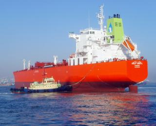 Gulf Navigation Holding upgrades its fleet to meet new IMO standards