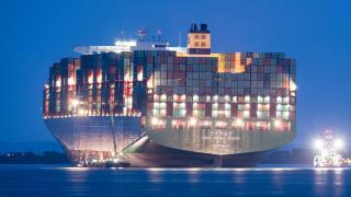 Stranded Containership CSCL Indian Ocean Finally Freed