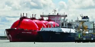 Höegh LNG : Entering into agreement for its next series of FSRUs with Samsung Heavy Industries in South Korea