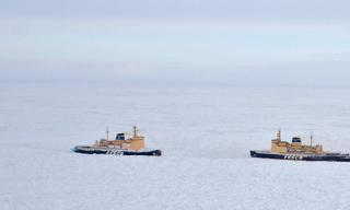 Vessels stuck in ice near Chukotka Peninsula have food and fuel reserves