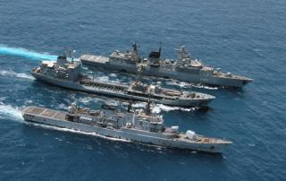 Multi-Ship refueling keeps Operation Atalanta warships on patrol