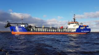 Fast delivery of Beloe More to complete job in Siberian harbour before winter