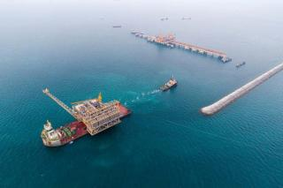Aqualis Offshore completes Bahrain floatover