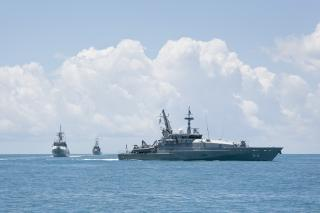 Australian Navy arrests two foreign fishing vessels in territorial waters