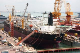 Sembcorp Marine sells its 30% equity interest in COSCO Shipyard Group