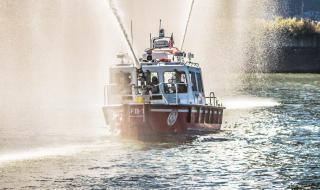 New high-performance fireboat delivered by Lake Assault Boats in Pittsburgh