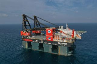 Wärtsilä thrusters contribute to successful sea trials for the world's largest SSCV