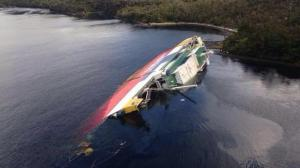 Amadeo 1 capsizes in Kirke Canal