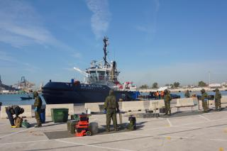 Spotted: Boluda Towage collaborates with army in anti-terrorist drill