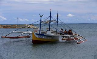 Filipino Fishermen Still Blocked from Scarborough Shoal