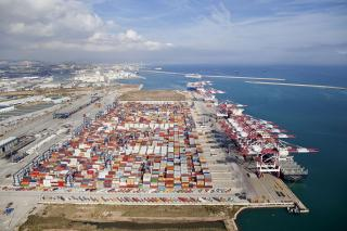 The Port of Barcelona increased container traffic by 15% and set new records of activity in 2018