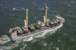 SAL Heavy Lift's MV Lone completes batch shipment of twelve vessels