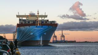 AP Moller-Maersk swings cost axe in 'unsatisfactory quarter'