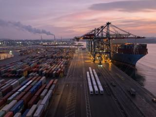 Quay crane waiting times reduced by 90% at APM Terminals Gothenburg