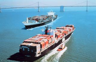 Most Cargo Ships Over 20,000 GT are ECDIS Ready -UKHO