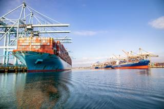 Port of Los Angeles sets all-time record with 952,554 TEUs in October
