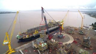 ALE Performs World's Heaviest Commercial Lift During FPSO Integration work in Brazil