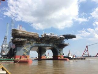 OOS International's new SSCV OOS Serooskerke undocked from Chinese dry dock
