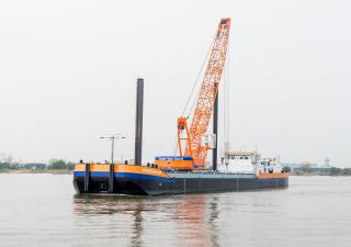 Celebration 150th anniversary of Van Oord starts with the naming of the first LNG vessel