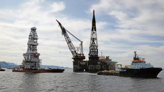Johan Sverdrup drilling topside sailaway on board Pioneering Spirit