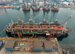 FueLNG completes first commercial LNG bunkering in Singapore