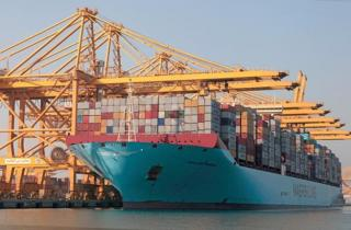 Jebel Ali Port receives one of the world`s largest vessels - Magleby Maersk