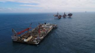 Pioneering Spirit removes Valhall QP topsides
