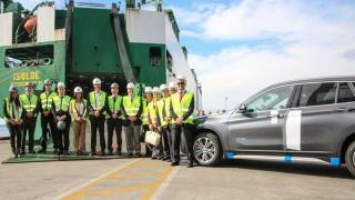 BMW Group Brazil celebrates first shipment to the US