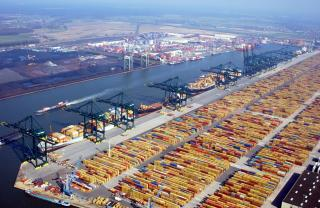 Port of Antwerp grows further after absolute record years