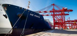 Port of Liverpool welcomes HS Paris - largest containership to date