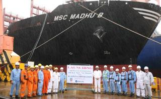 Seaspan takes delivery of fourth 11000 TEU SAVER containership - MSC Madhu B