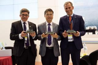 Peace Boat and Arctech sign letter of intent for Ecoship