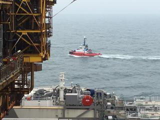 KOTUG assists AllSeas with transfer and transport Shell's Brent Delta topsides
