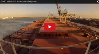 Time Lapse Video: Berge Stahl, Port of Rotterdam