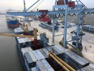 Regular container line calls to the Estonian Port of Sillamäe